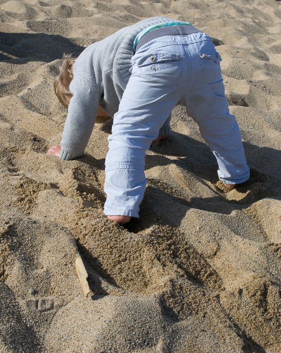 Henry headstand beach