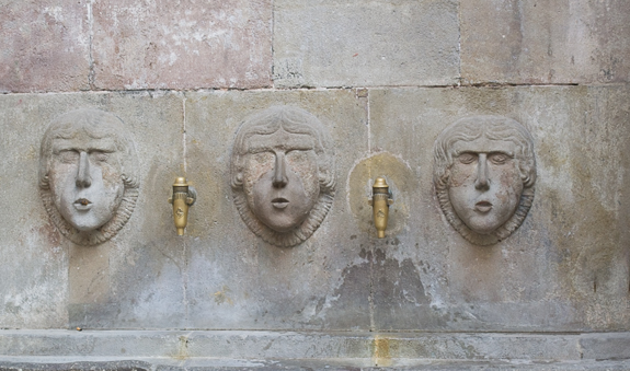 Water Faces Barcelona_